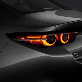 Mazda 3 2019-33