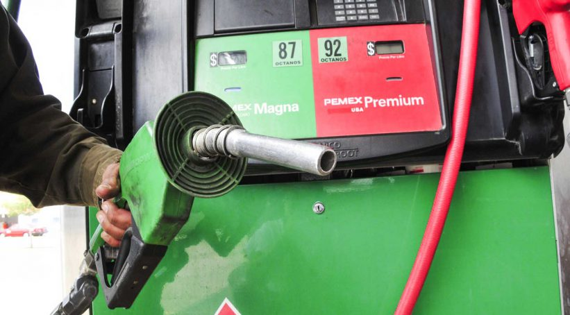 ¿Qué pasa si mezclo gasolina Magna y Premium?