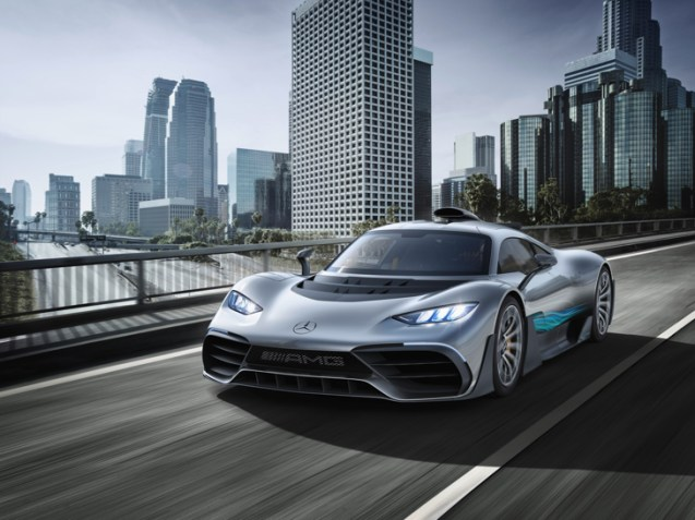 Weltpremiere Showcar Mercedes-AMG Project ONE: Mercedes-AMG bringt Formel 1-Technologie für die StraßeWorld première of the Mercedes-AMG Project ONE show car: Mercedes-AMG brings Formula 1 technology to the road