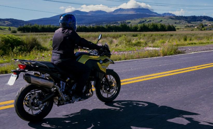 No te congeles, ni guardes tu moto en invierno