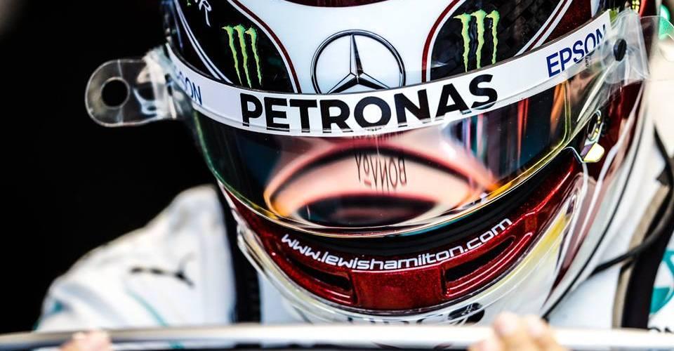 Lewis Hamilton consigue la primera pole de la temporada