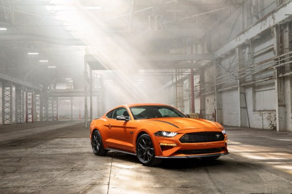 2020-mustang-ecoboost-hpp-02