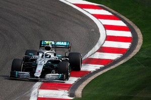 Bottas consigue la pole del GP 1000 de la F1