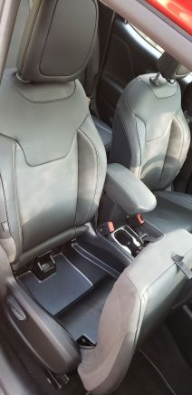 JeepRenegadeLimited38