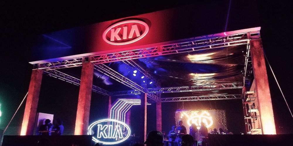 KIA le sube al volumen y enamora con Forte GT sedán en Corona Capital GDL