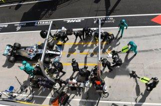 Tras una buena estrategia Hamilton gana en Hungría