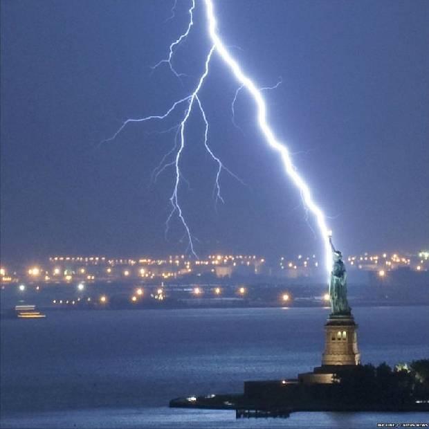 lightning_strike_02
