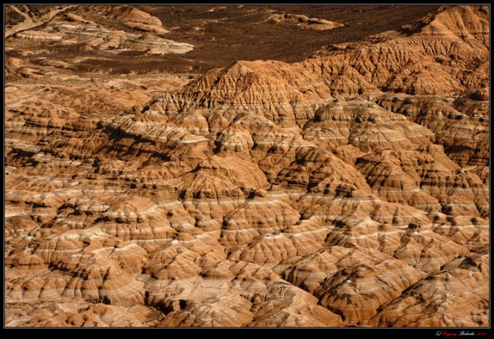 "Kazakh version of ""Mars on Earth."" The hybrid structure of sandstone and limestone in the lower reaches of the river Charyn."