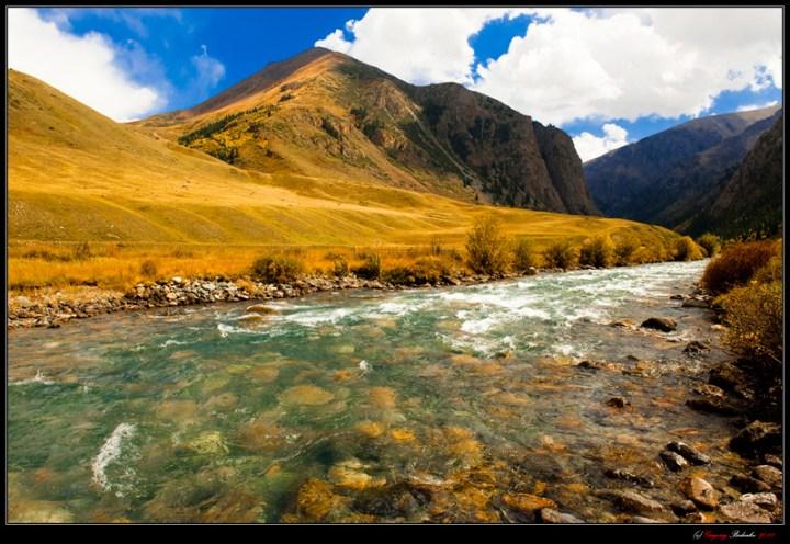 Dzhungar. Border River Khorgos.