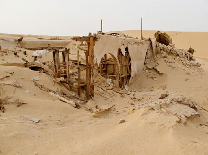 abandoned-star-wars-tatooine-movie-set-tunisia-desert-lars-homestead-4
