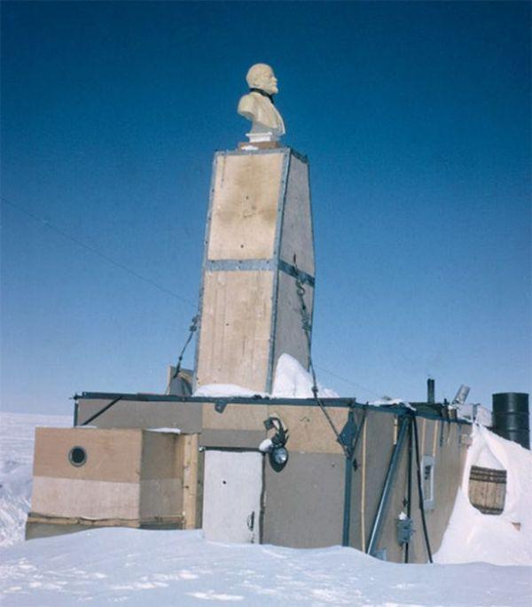 abandoned_wonders_of_antarctica_05