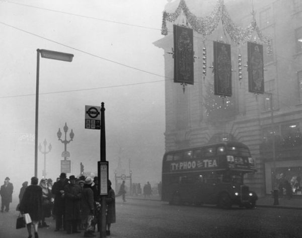 haunting_photos_of_the_london_fog_08
