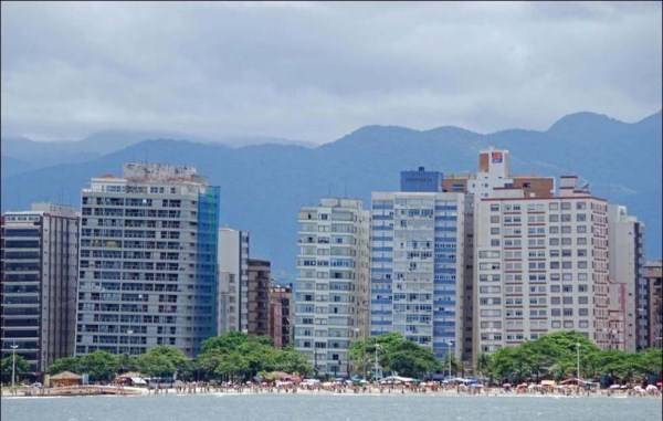 santos-a-sinking-city-in-brazil-1