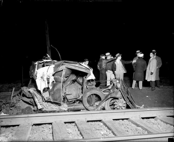 vintage-car-accidents-171