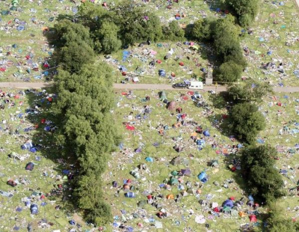 aftermath-of-a-music-festival-7