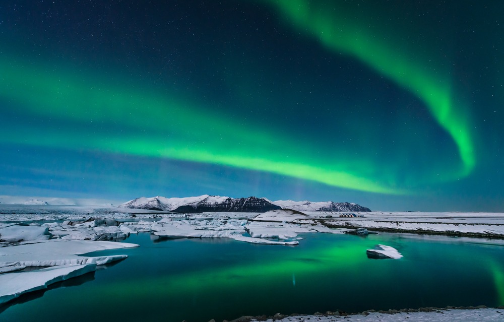 Best Time Night See Northern Lights Iceland