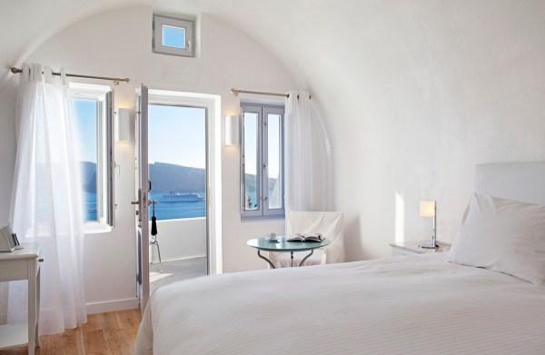 katikies-hotel-oia-greece-a1