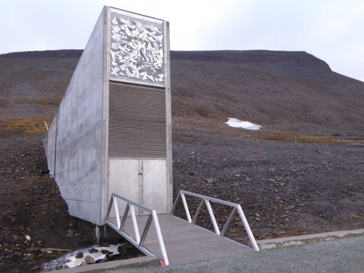 svalbard-doomsday-global-seed-vault-14