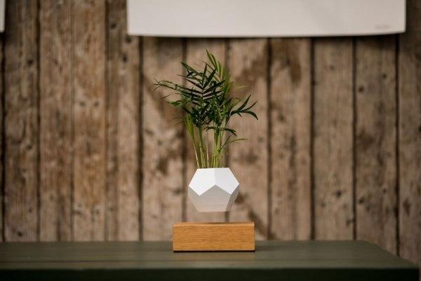floating-levitating-planters-lyfe-3