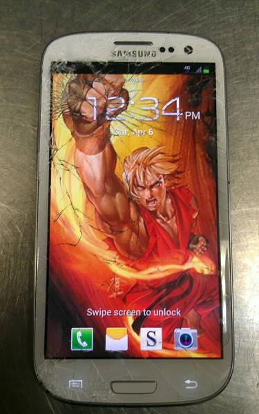 cracked_phone_screen_08