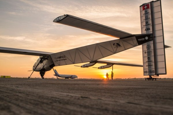 solar-impulse-plane-circumnavigates-globe-without-single-drop-of-fuel-7