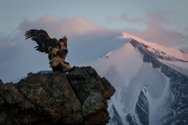 eagle-hunters-of-mongolia-by-asher-svidensky-9