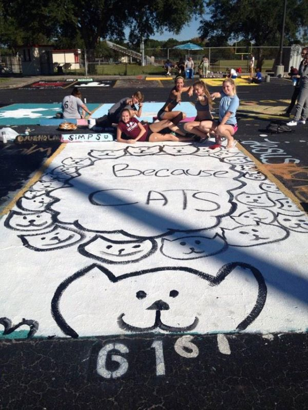 high-schools-let-their-seniors-paint-their-parking-spots-231