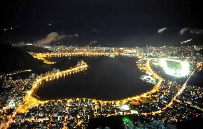 Lagoa Rodrigo de Freitas, Rio de Janeiro, à noite