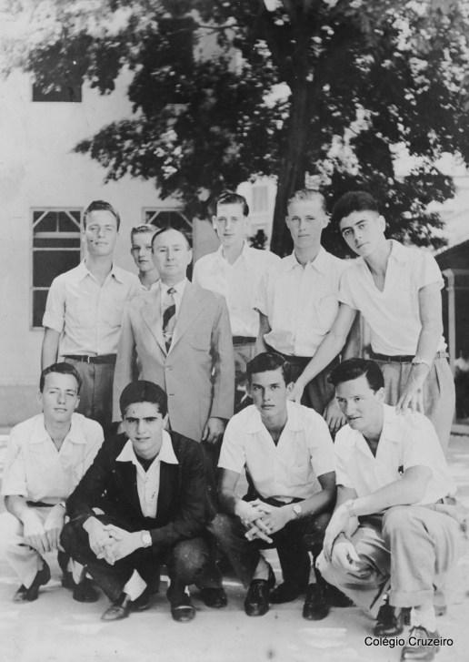 1955 - Foto de turma com Diretor Borges