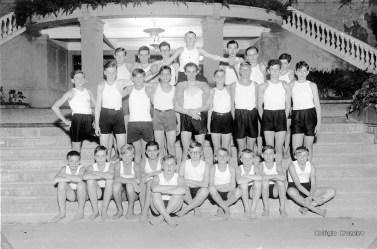 1931 - Alunos em aula de Educação Física