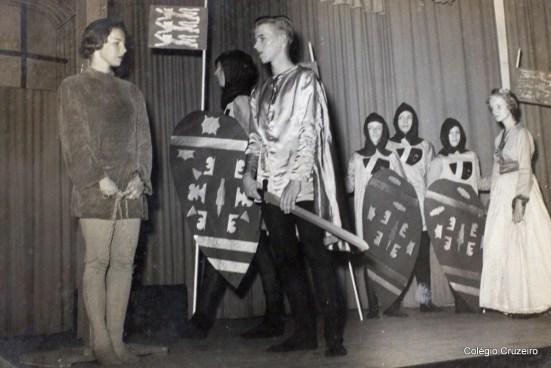 1955 - Festival Schiller no Colégio Cruzeiro - Centro