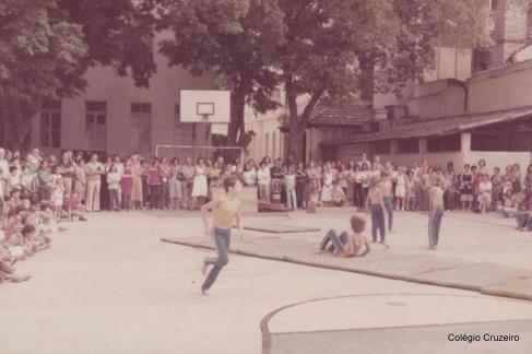 1979 - Apresentação de Ginástica Olímpica no Colégio Cruzeiro - Centro
