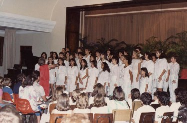 1988 - Apresentação do Coro na Festa do Advento