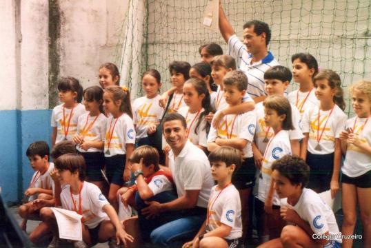 1991 - Alunos de Ginástica Olímpica da unidade Centro - Foto enviada por Livia Guerra Mumme