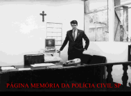 Delegado de Polícia Mauro Marcelo de Lima e Silva no Plantão do 4º DP do antigo DEGRAN, em 1.988.
