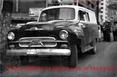 """Viatura de marca Chevrolet """"Corisco"""", década de 60."""