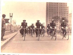 Guarda Civil em desfile (anos 40).