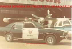 Viatura da RONE, marca Ford- Maveric, 4cc, no início da década de 70. Acervo do Delegado George Henry Millard.