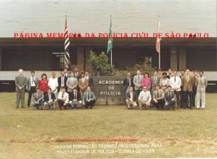 Turma IV de 1.988, do Curso de Formação Técnico Profissional para Investigador de Polícia. (Acervo do Investigador Renato Fauze).