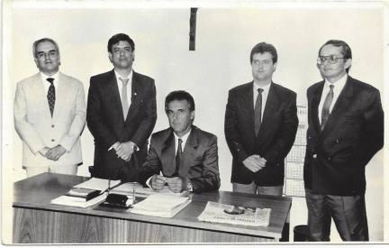 Correição em Itapira, ano 1992. Delegado Seccional de Mogi Guaçu Alcides Carmona, Jose Carlos Camargo ( Delegado Assistente DSP), Titular de Itapira Airton Pinheiro, Titular do 1ºDP. (enviado pelo Delegado de Polícia José Guilherme Torrens de Camargo).