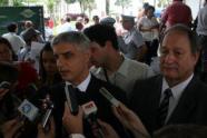 Delegados de Polícia Domingos Paulo Neto e Waldomiro Bueno, dois experientes e atuantes comandantes da Polícia Civil, desde a década de 70.