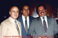 Dependências do extinto DECON, em 1.990. À partir da esquerda, os Delegados de Polícia, saudoso Jair Cesário da Silva, Fernão de Oliveira Santos e Massilon Bernardes.