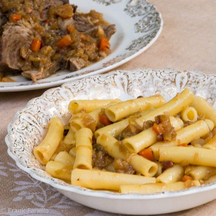 La genovese (Neapolitan Beef and Onion Pasta Sauce)