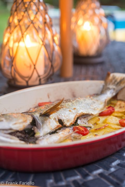 Pesce con patate al forno (Baked fish with potatoes)