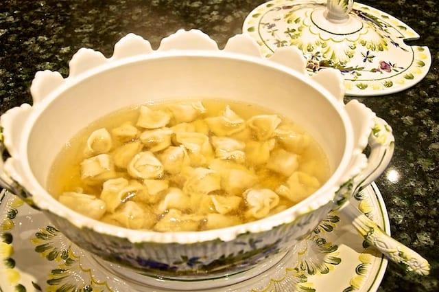 Tortellini fatti in casa (Homemade Tortellini)