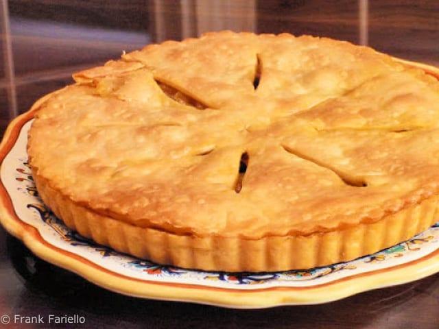 Calzone di cipolla alla pugliese (Puglian Onion Pie)