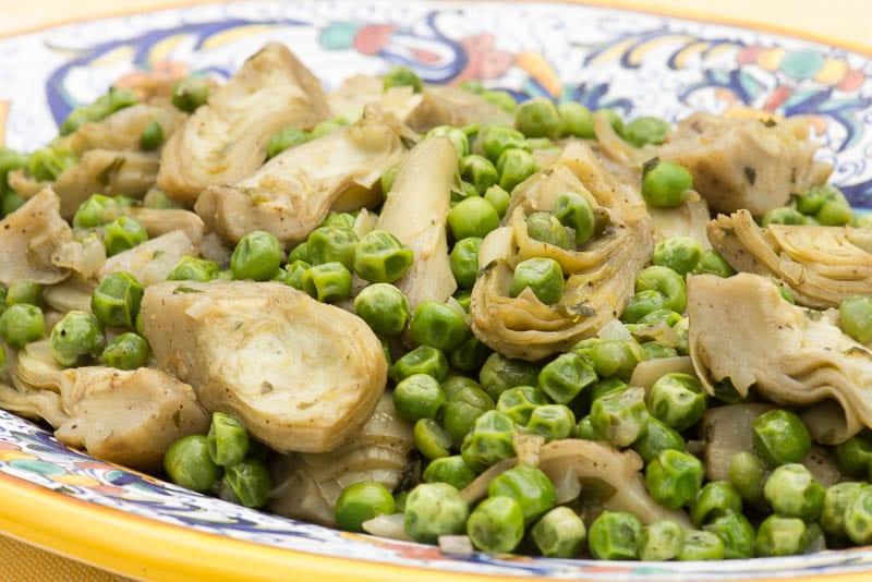 Carciofi coi piselli (Braised Artichokes and Peas)