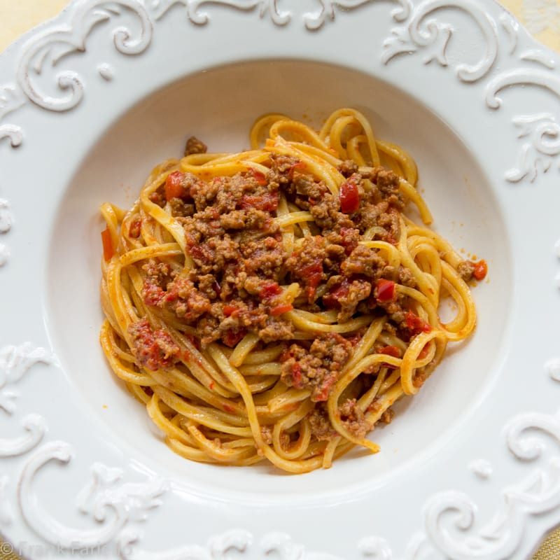Ragù d'agnello e peperoni (Lamb and Red Pepper Sauce)