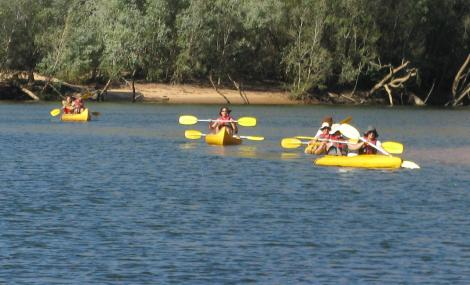 Canoeing along the Katherine Gorge