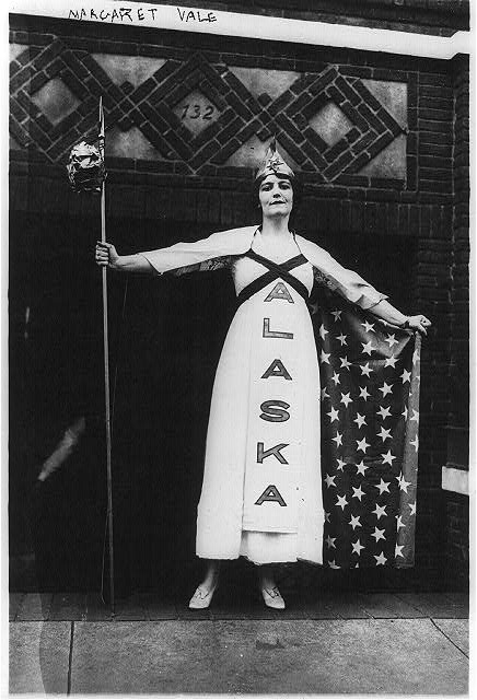 Suffragettes - U.S. - Margaret Vale (Mrs. George Howe), niece of Pres. Wilson in Suffrage parade, New York. Oct. 1915. (Library of Congress)